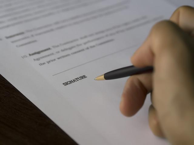 smlouva před podpisem.jpg