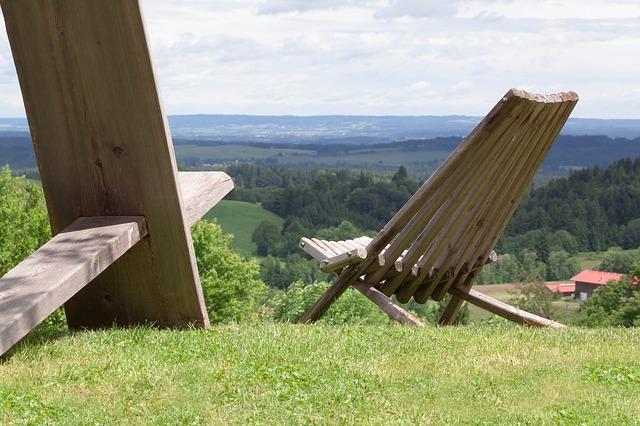dřevěné posezení